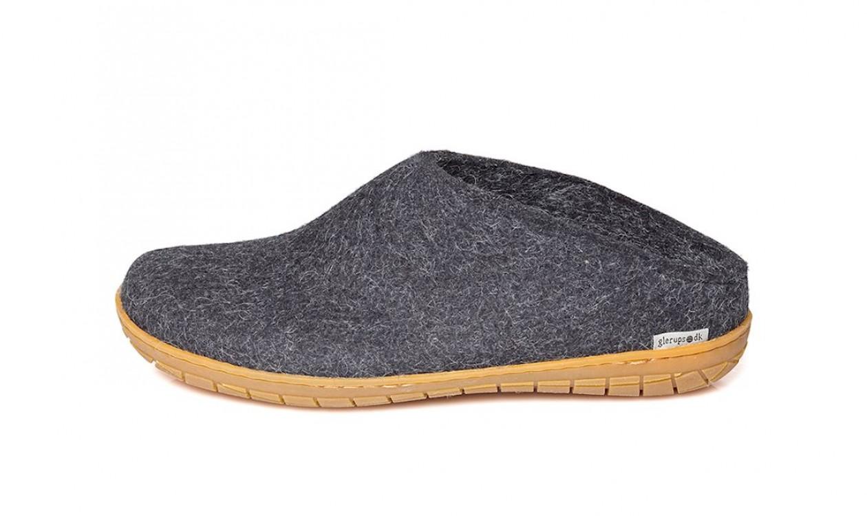 9209ff5d616 Glerups filtsko, er kendt for deres enestående komfort. Dette skyldes det  fodformede og unikke design kombineret med uldens blødhed og varme.